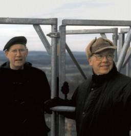 Peter Helbich i Gerd Stoewer na iglicy wieży